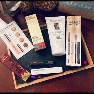 Makeup/skincare bundle